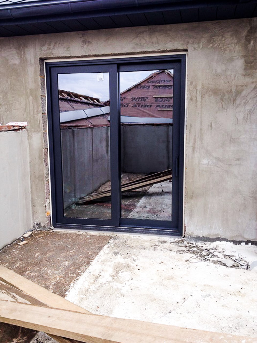 сдвижные двери в частном доме